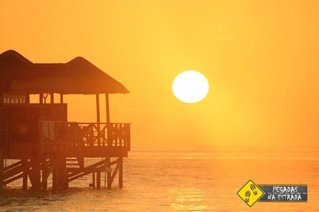 Por do sol nas Maldivas