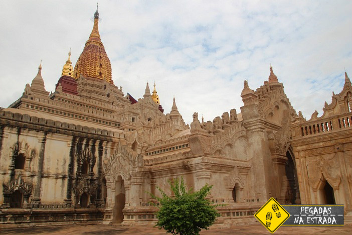 Burma Birmania pagoda Bagan