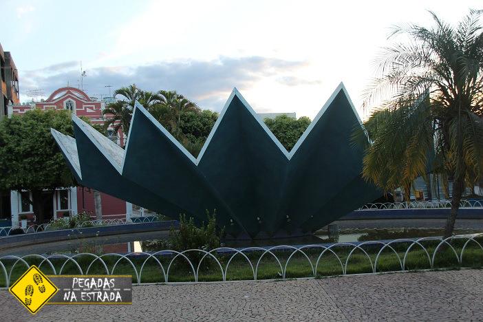 Praça Getúlio Vargas, Januária. Foto: CFR / Blog Pegadas na Estrada