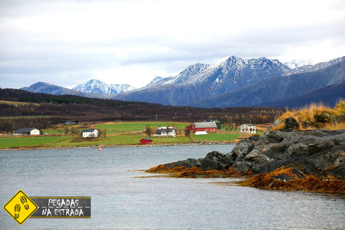 Passeio pelos fiordes na região de Tromso. Foto: CFR / Blog Pegadas na Estrada