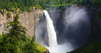 Wells Gray Provincial Park British Columbia Canadá