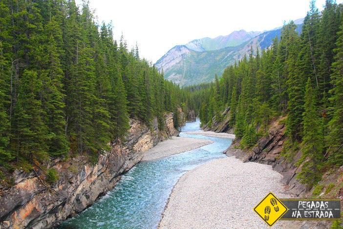 Stewart Canyon, Lago Minnewanka, Banff Canadá