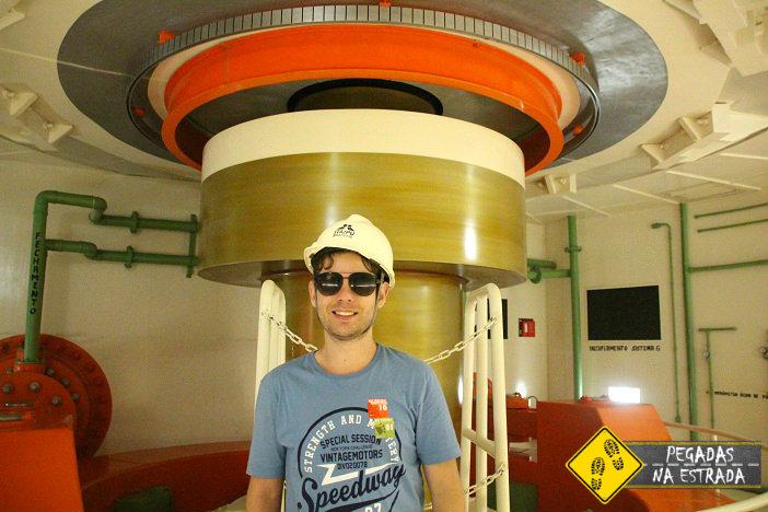réplica do eixo das turbinas utilizadas em Itaipu