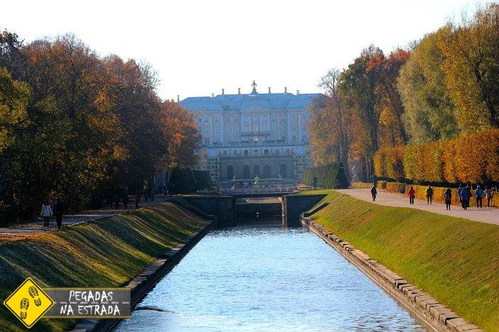 Jardim inferior Palácio de Peterhof