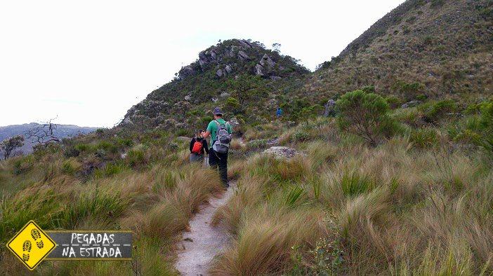 Trilha para o Pico da Lapinha