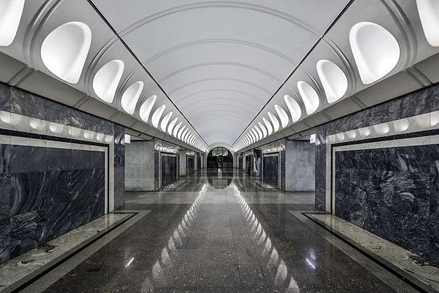 Dostoyevskaya station