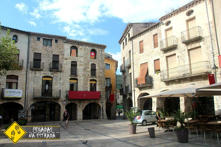 Plaza Mayor Besalu