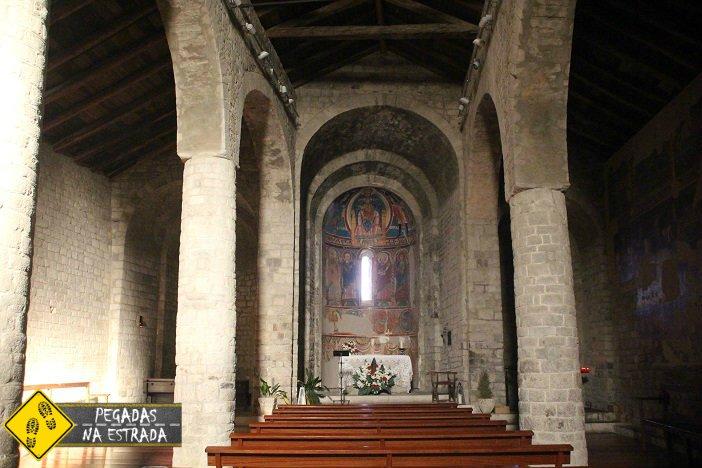 Interior das igrejas de La Vall de Boí