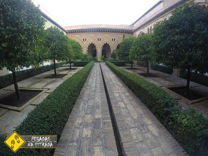 Palácio de La Aljafería roteiro de carro na Espanha Mudejar